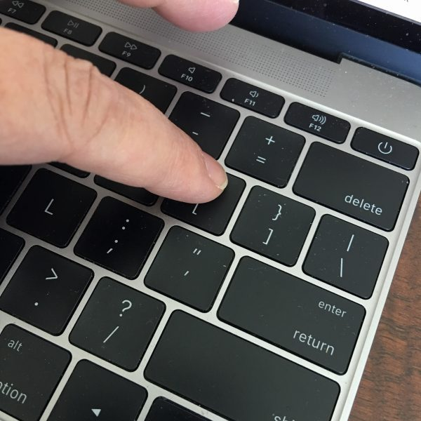Right or Left Square Bracket Keys on a Mac